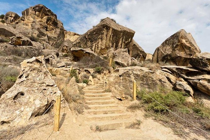 Qobustan-Absheron Tour