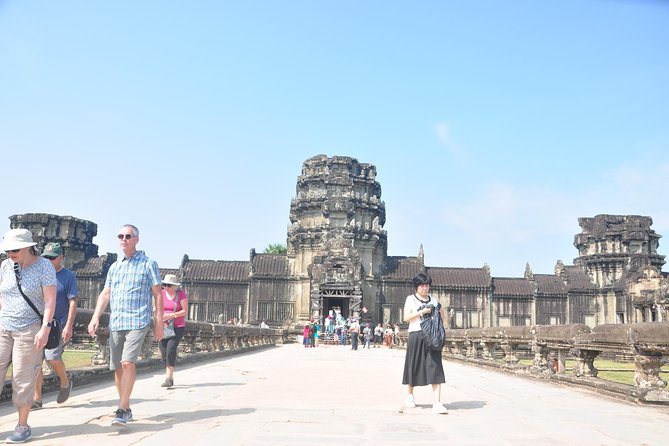 Angkor and Tonle Sap Lake 1 Day Tour