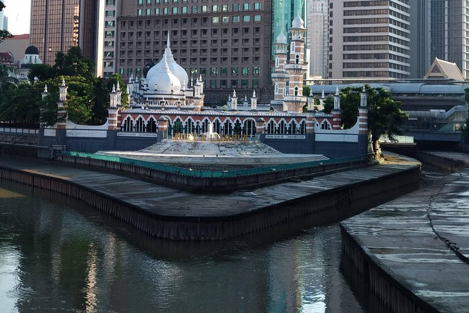 Kuala Lumpur Historical Walking Tour with Lunch