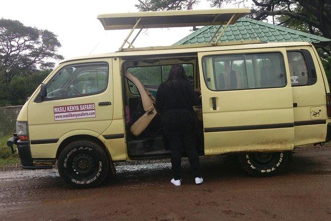 6.a.m Nairobi national park/Elephant orphanage /Giraffe centre