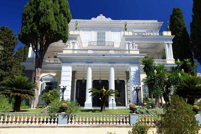 Half day private tour with guide Achillion Palace - Kanoni - Corfu town