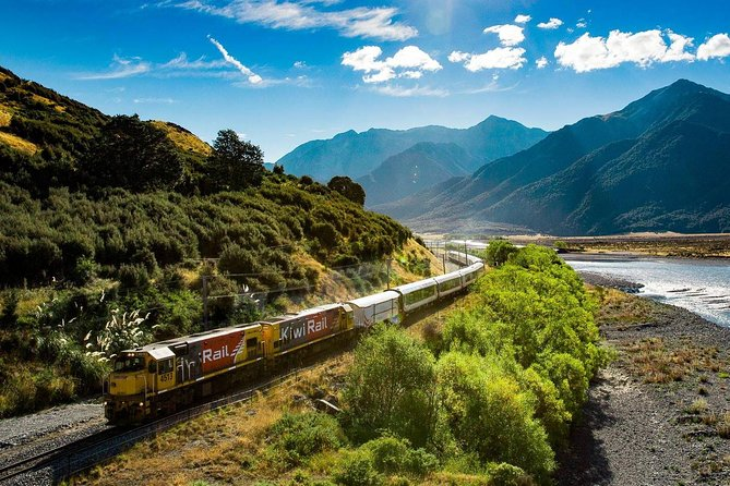 Spectacular Half-Day TranzAlpine Excursion: Christchurch to Christchurch