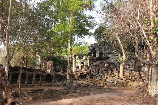 Private One Day Trip to Beng Mealea and Kompong Phluk Floating Village