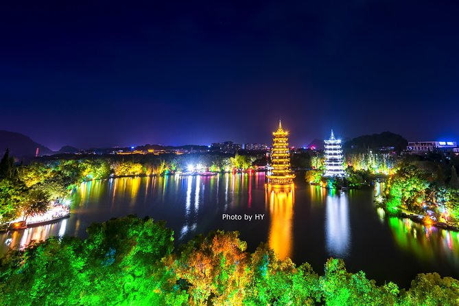 Guilin City Center Walking Group Tour at Night for Three Hours