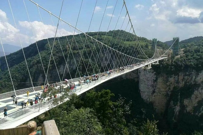 Zhangjiajie Grand Canyon & Glass Bridge and Baofeng Lake Private Day Tour