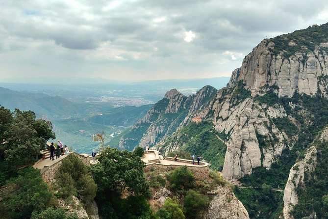 Private Exclusive Tour Montserrat and Winery Visit with Lunch and Transportation photo 11