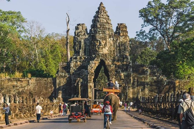 Sunrise Tour of Angkor Wat from Siem Reap photo 15