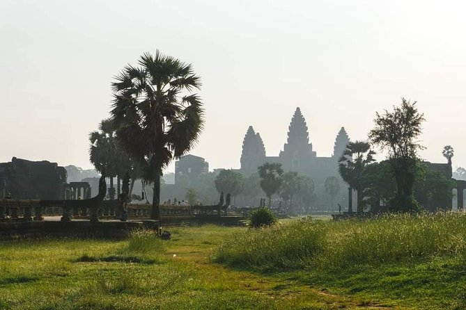 Sunrise Tour of Angkor Wat from Siem Reap photo 13
