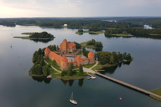 Trakai and Vilnius old town half-day private tour