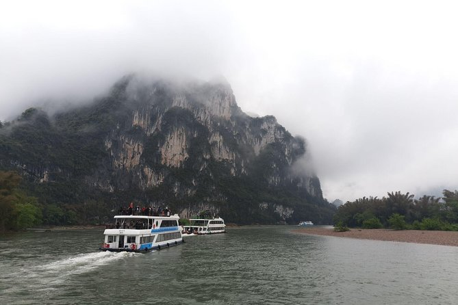 Full-Day Guilin Li-River Cruise with 4 star boat and Reed Flute Cave Tour
