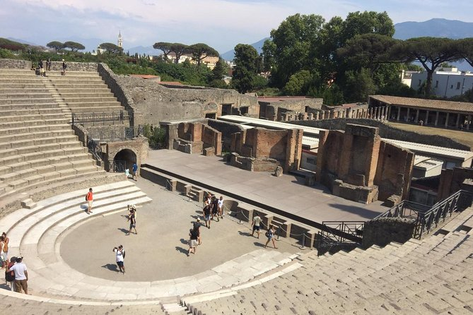 From Rome : Pompeii all inclusive Tour with live guide