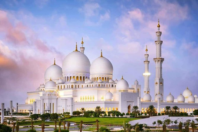 Private Abu Dhabi Sheikh zayed mosque with Louver Museum & Emirates Place Tea