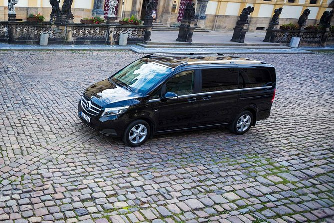 Private transfer from Vienna to Prague via Bratislava
