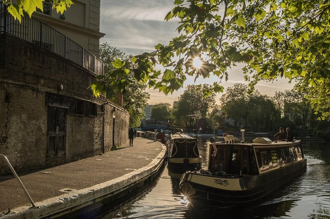 Charming London Tour: LITTLE VENICE Canals & Gardens Exploration Game