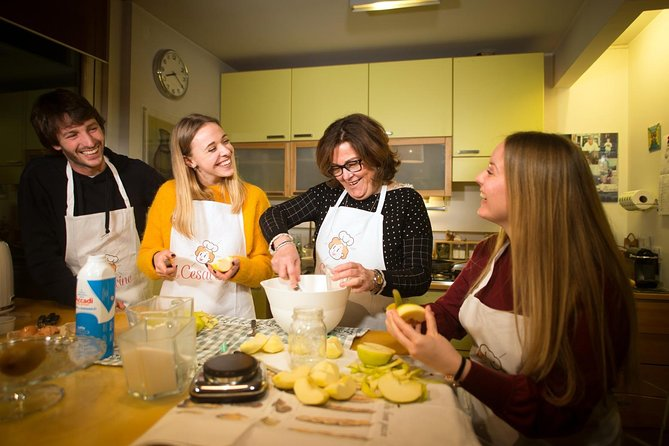 Private cooking class at a local's home with tasting in Siena