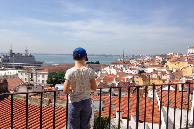 Family Tour: Genuine Lisbon photo 3