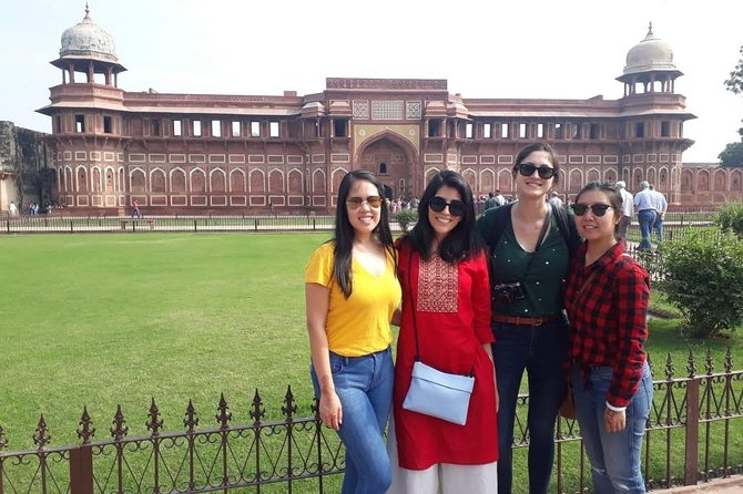 Day tour to Taj Mahal & Agra fort from Delhi,5 star hotel lunch included . photo 7