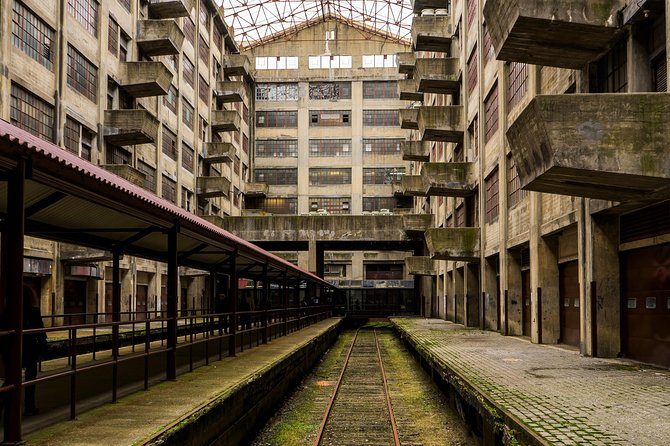 Brooklyn Army Terminal Walking Tour