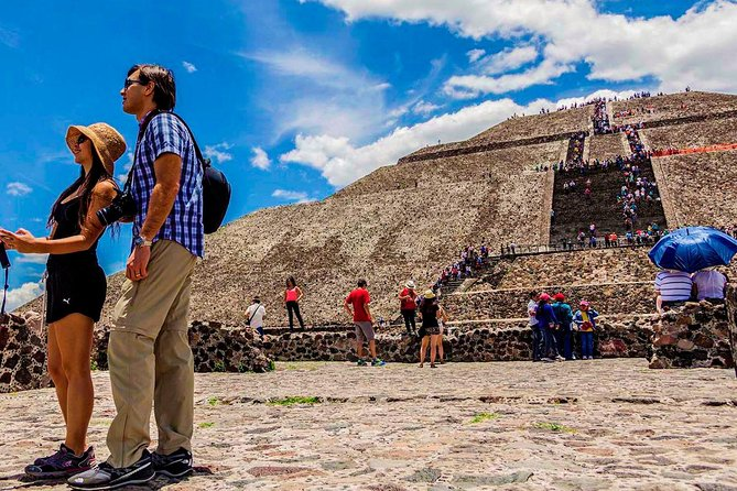 Teotihuacan Pyramids, guadalupe shrine and Mexico city tour panoramic (1 day)