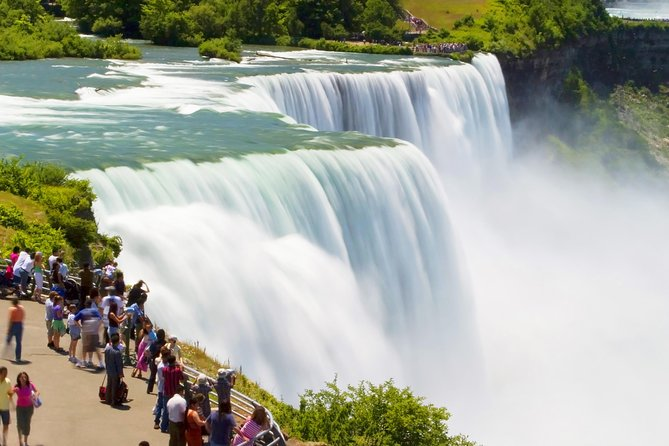 Private Tour: Niagara Falls Day Trip from New York City