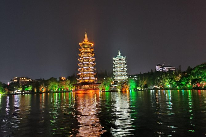 Guilin Four lakes night cruise with the English speaking driver from Guilin hotel