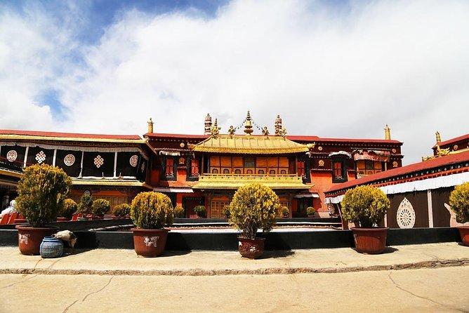 Lhasa to Kathmandu Overland Tour via EBC 7 Days Tour