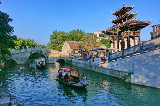 Foshan Qinghui Garden and Fengjian Water Town Private Day Tour from Guangzhou
