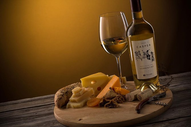 "Fireland Winery Group tour ""Wine degustation with snacks included"""