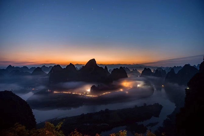 Yangshuo Xianggong Hill Sunrise and Longji Rice Terraces Private Day Tour