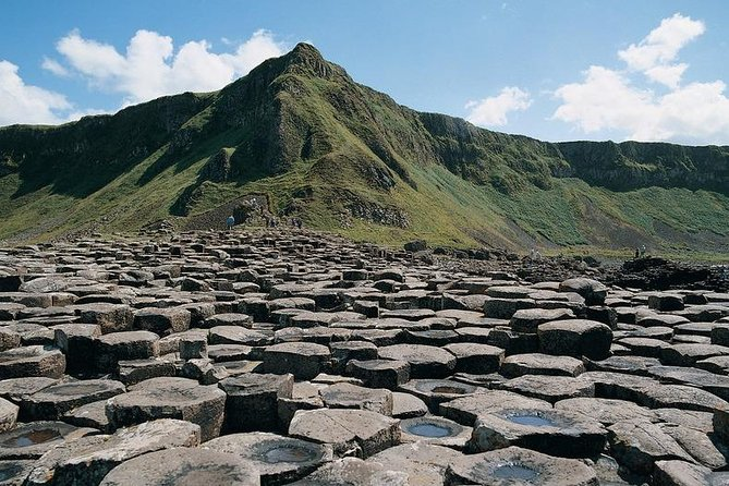 Shore Excursion: Giants Causeway Tour From Belfast Port (Extra Leg Room Bus)