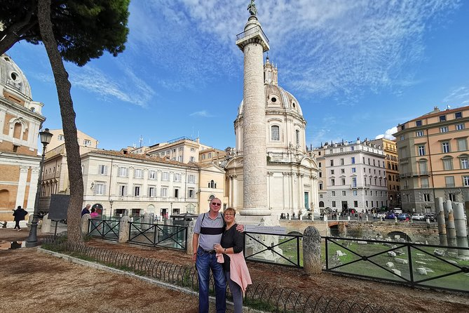 All inclusive Skip the Line Colosseum, Roman Forums & Rome City Highlights