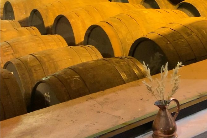 Private Tour Stirling Castle + Whiskey Distillery