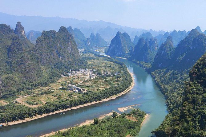 2-Day Guilin Tour Including the 4 Star Boat, Xianggong hill and Liusanjie show