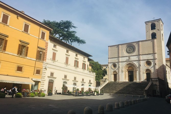 Todi art tour with local guide, limited edition!