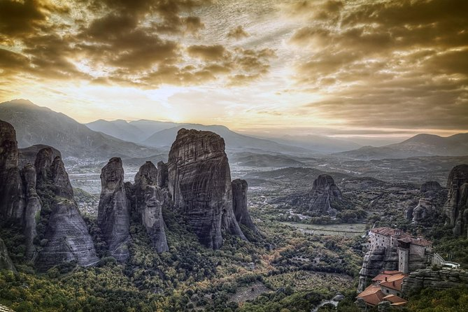 Meteora-luxury private tour from Corfu to Meteora