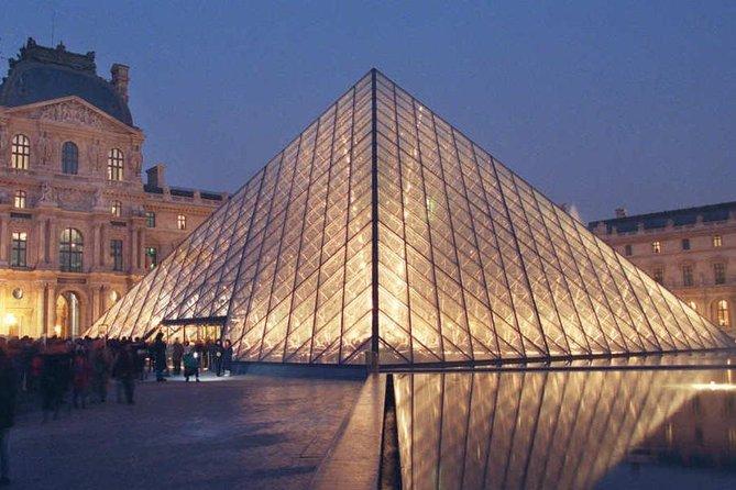 Paris' Louvre Skip the Line Private Tour
