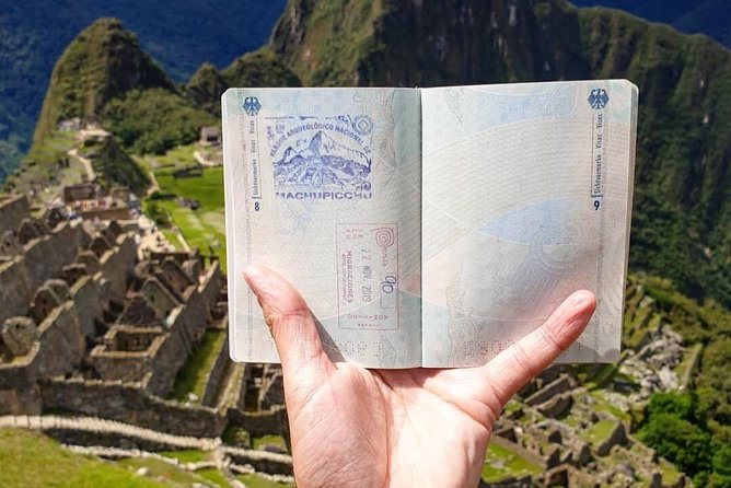 Sacred Valley + Machu Picchu 2 days photo 1