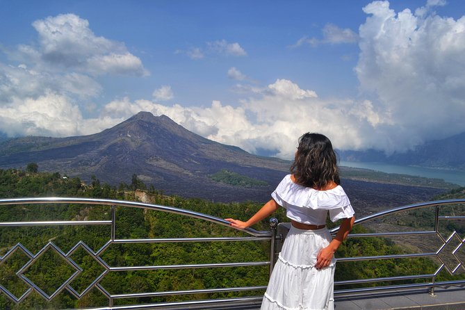 All Inclusive Package : Ubud - Batur Volcano - Tirta Empul & Waterfall