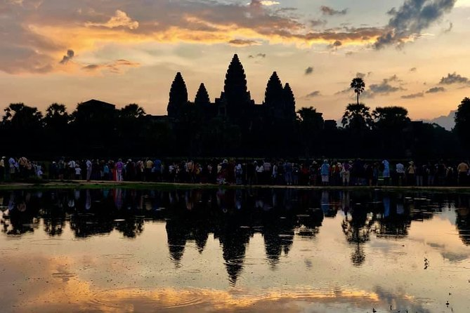 To Go Angkor Wat by Tuk Tuk, Car, Van ( Best Tour ) photo 19