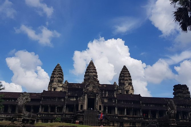To Go Angkor Wat by Tuk Tuk, Car, Van ( Best Tour ) photo 12