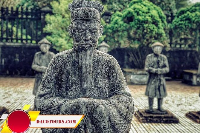 Hue Imperial City Daily Ingroup Tour via Hai Van Pass photo 6