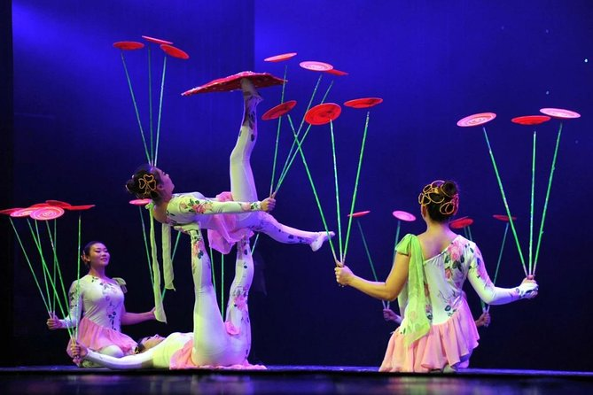 Beijing Acrobatic show Group Bus Tour