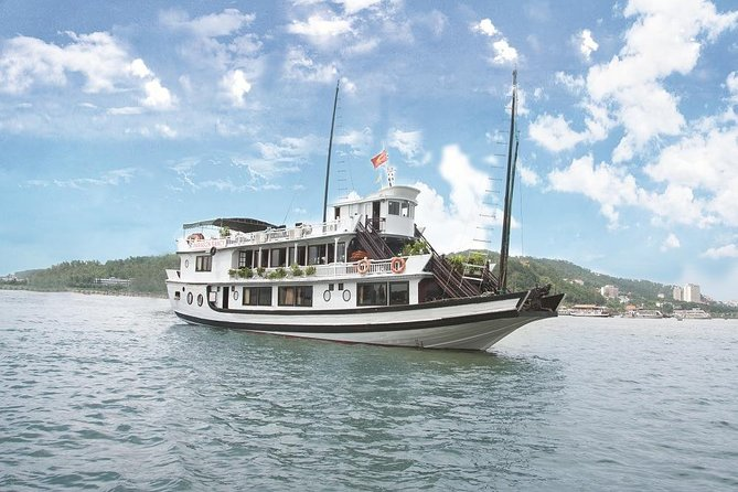 Charm Cruise 3*** - Ha Long Bay 3 Days 2 Nights Tour