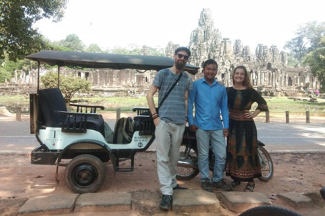 To Go Angkor Wat by Tuk Tuk, Car, Van ( Best Tour ) photo 10