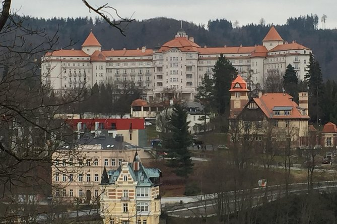 Karlovy Vary and Moser glass workshop