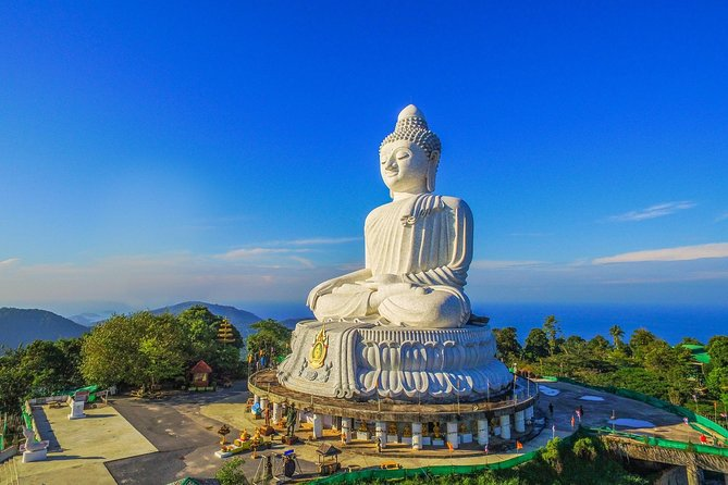 Phuket Landmark Tour with Big Budha Lunch on the beach