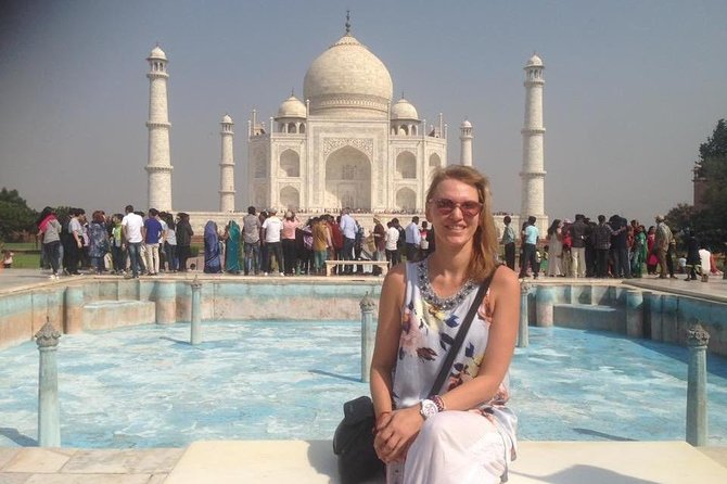 Day tour to Taj Mahal & Agra fort from Delhi,5 star hotel lunch included . photo 66