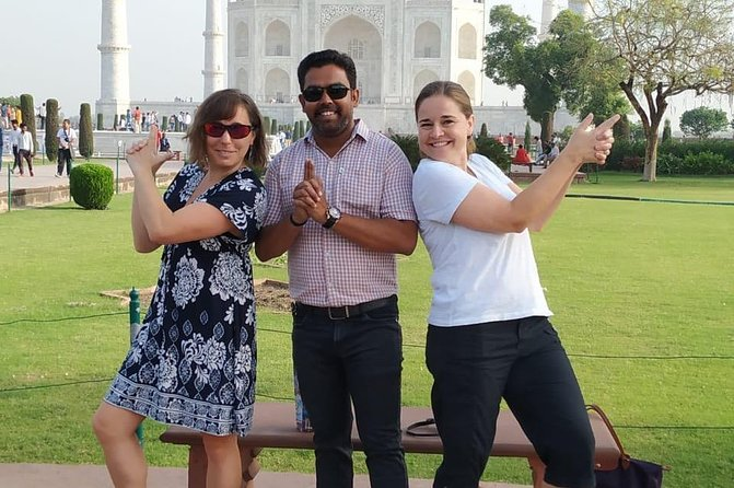 Day tour to Taj Mahal & Agra fort from Delhi,5 star hotel lunch included . photo 42