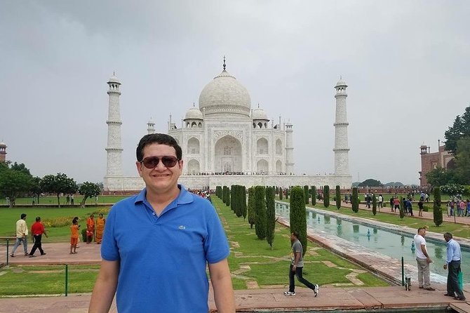 Day tour to Taj Mahal & Agra fort from Delhi,5 star hotel lunch included . photo 69