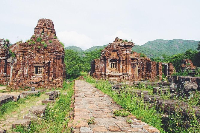 My Son Sanctuary Join-in Tour from Da Nang City (Minimum 2 pax)